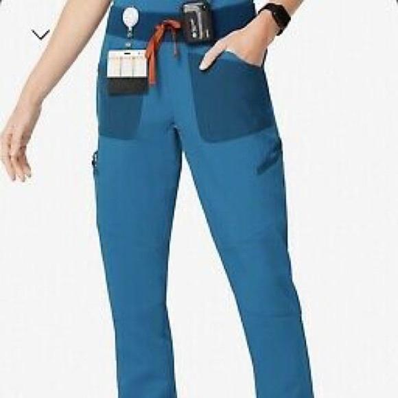 Wear figs new medium Albs blue jogger pant